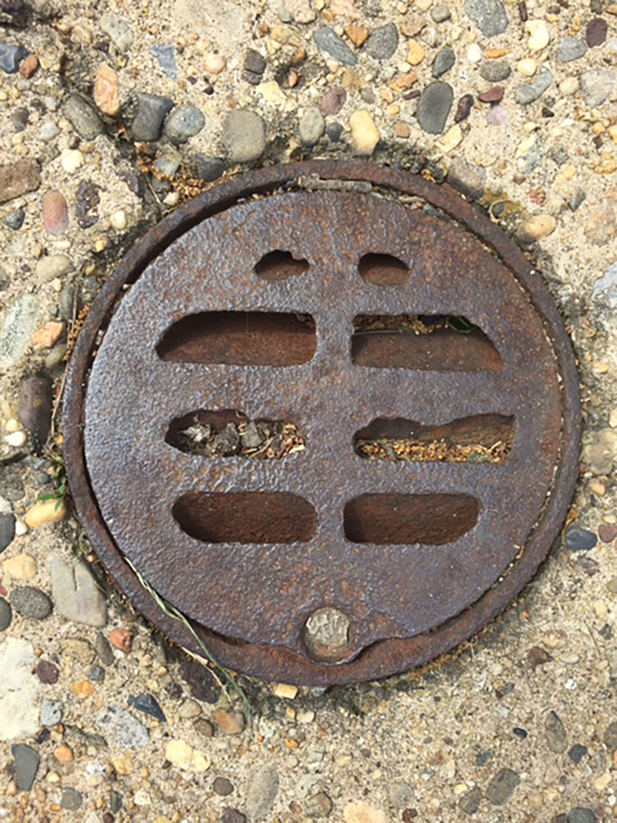Finding your external plumbing covers - Solution Based Plumbing